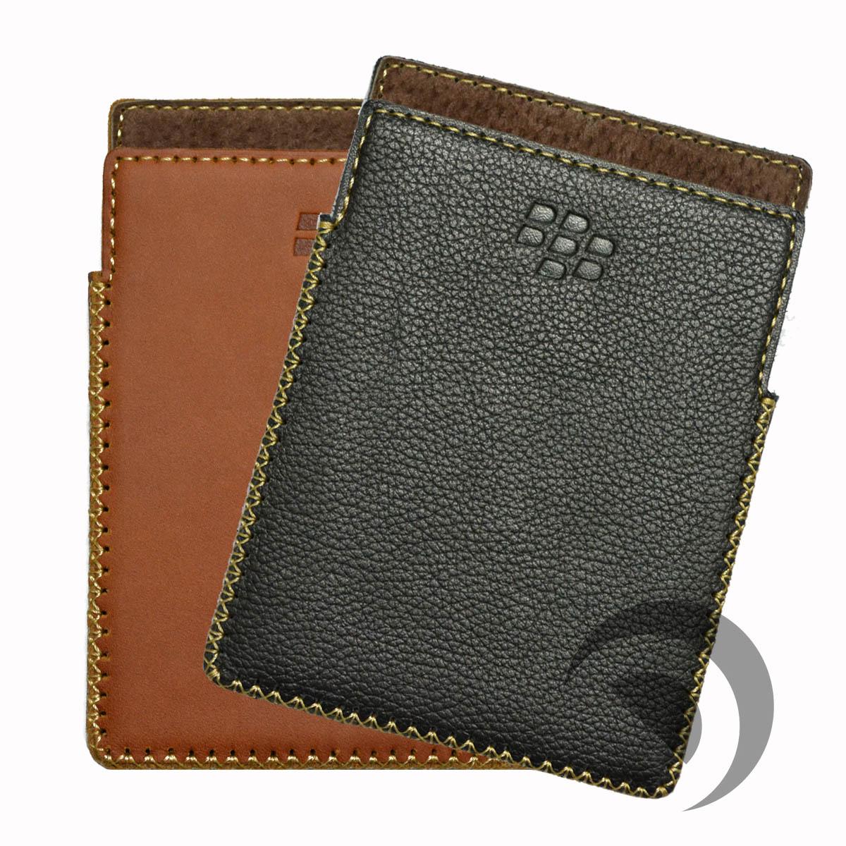 bao-da-blackberry-passport-cam-tay-1