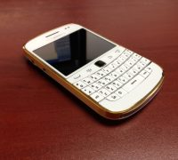 blackberry-9900-gold-8 thumb