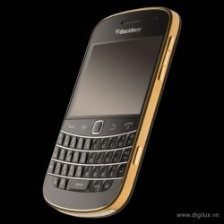 blackberry-bold-9930-gold-8
