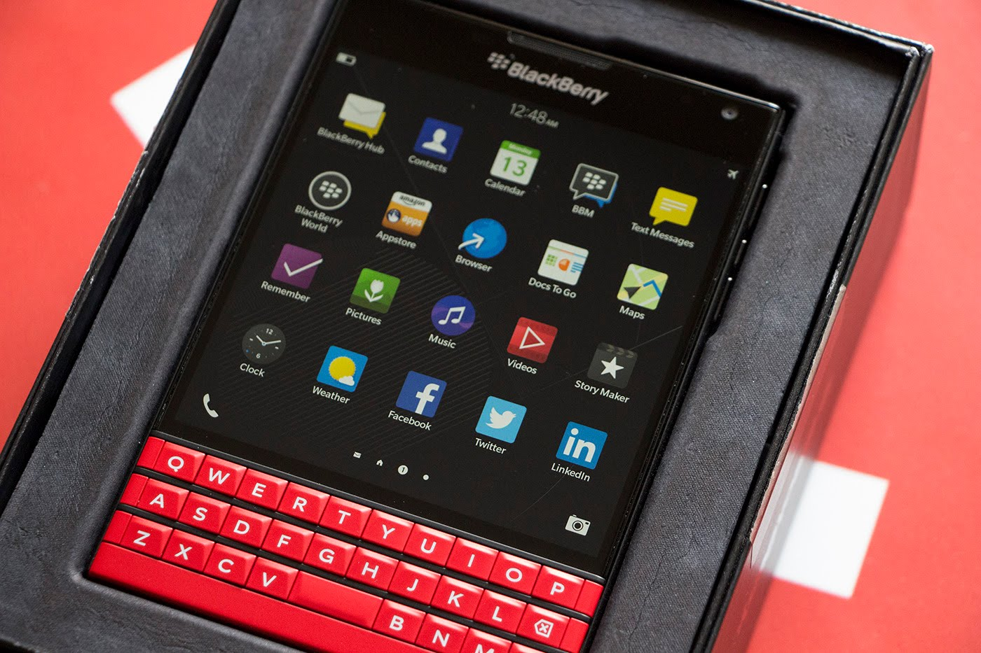 Blackberry_Passport_do