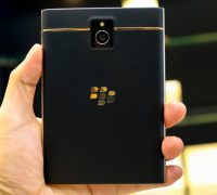 blackberry-passport-ma-vang-24k-7 thumb