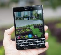 blackberry-passport-phim-qwert-7 thumb