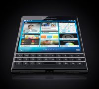 blackberry-passport-phim-qwert-8 thumb
