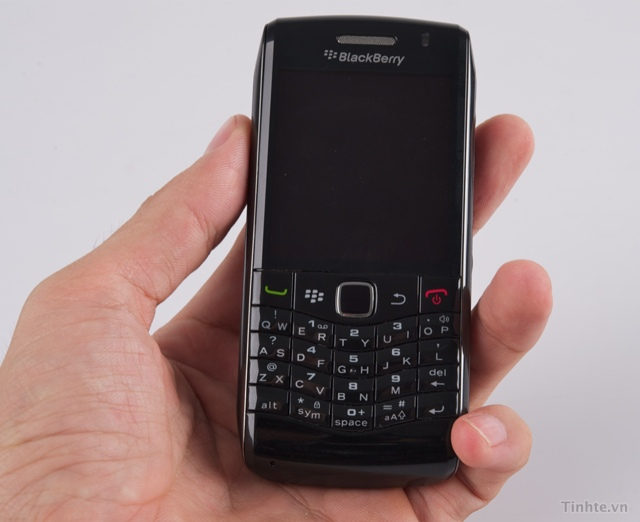 blackberry-pearl-3g-91009105-6