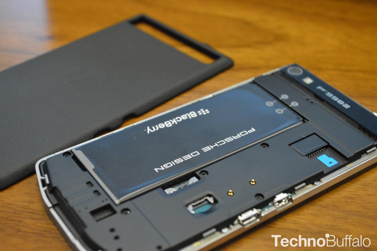 blackberry-porsche-design-p9982-9