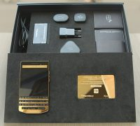 blackberry-porsche-design-p9983-graphite-gold-6 thumb
