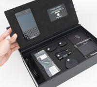 blackberry-porsche-design-p9983-graphite-likenew-5 thumb