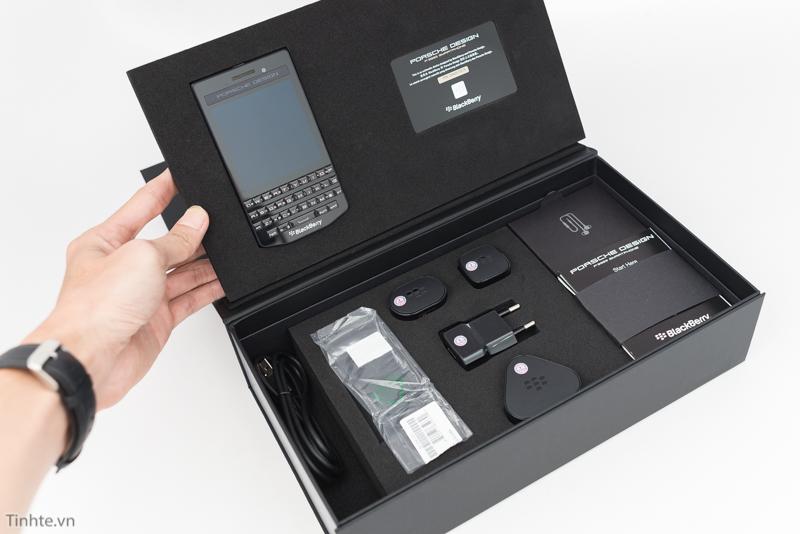 blackberry-porsche-design-p9983-graphite-lung-da-5
