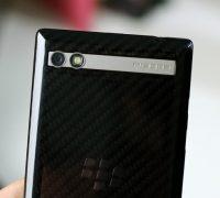 blackberry-porsche-design-p9983-lung-carbon-cu-8 thumb