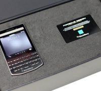 blackberry-porsche-design-p9983-lung-carbon-cu-9 thumb