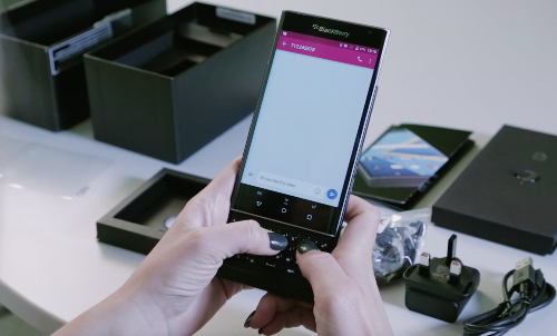 blackberry-priv-fullbox-9