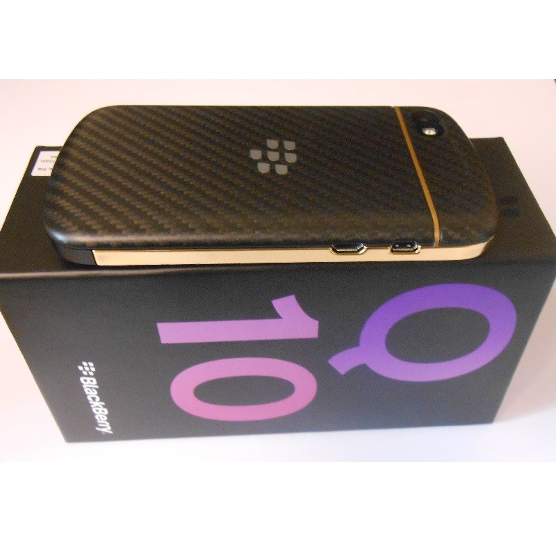 blackberry q10 gold