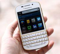 blackberry-q10-vo-gold-no-bbm-10 thumb