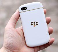 blackberry-q10-vo-gold-no-bbm-9 thumb