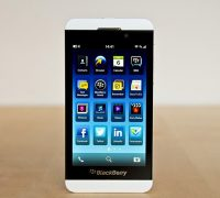 blackberry-z10-trang-3 thumb