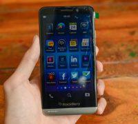 blackberry-z30-cu-3 thumb