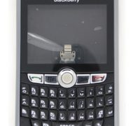 bo-vo-blackberry-8800-8820-8830-4 thumb