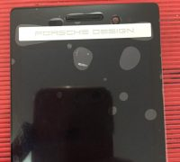 man-hinh-blackberry-porsche-design-p9983-5 thumb