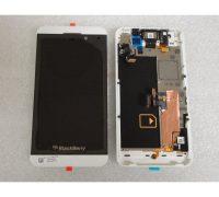 man-hinh-blackberry-z10-3 thumb