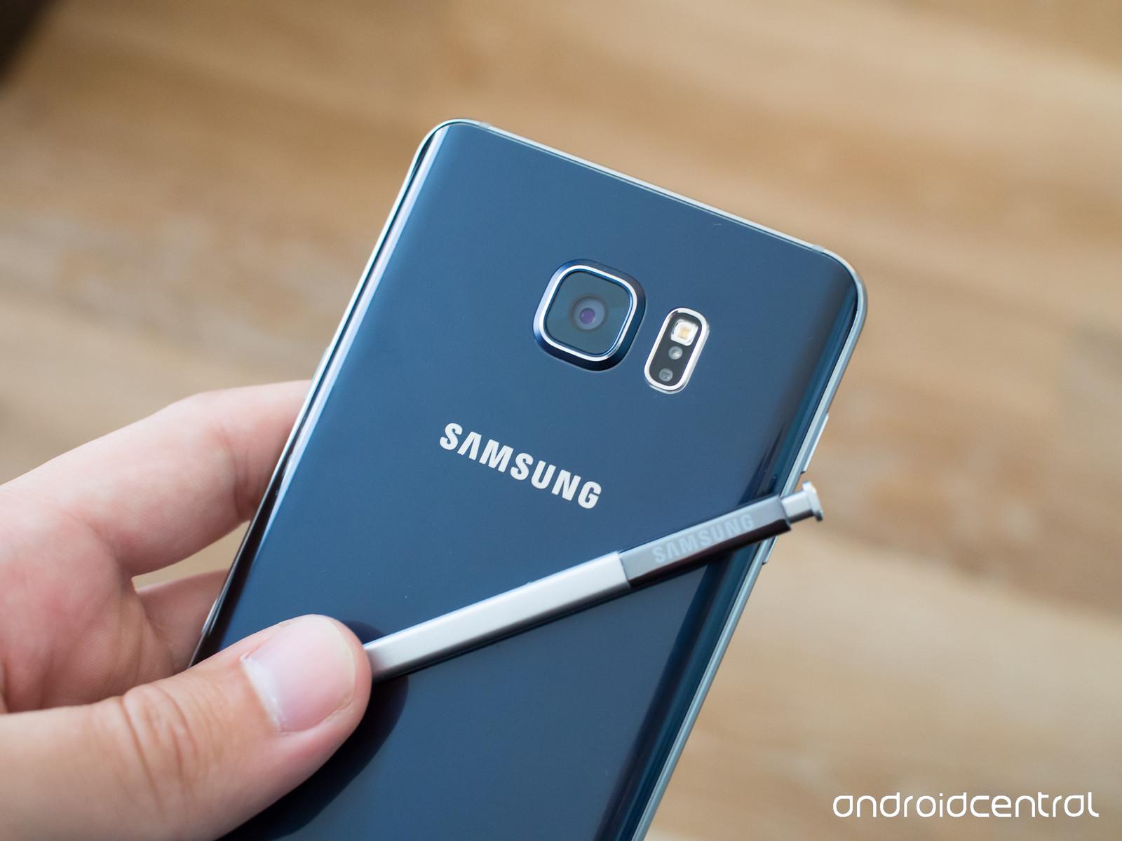 galaxy-note-5-blue-back-s-pen