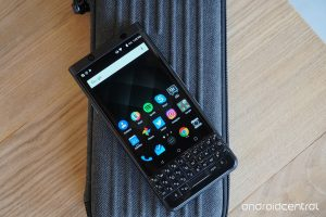 blackberry-keyone-black7