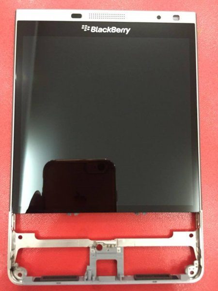 Màn hình BlackBerry PassPort Silver