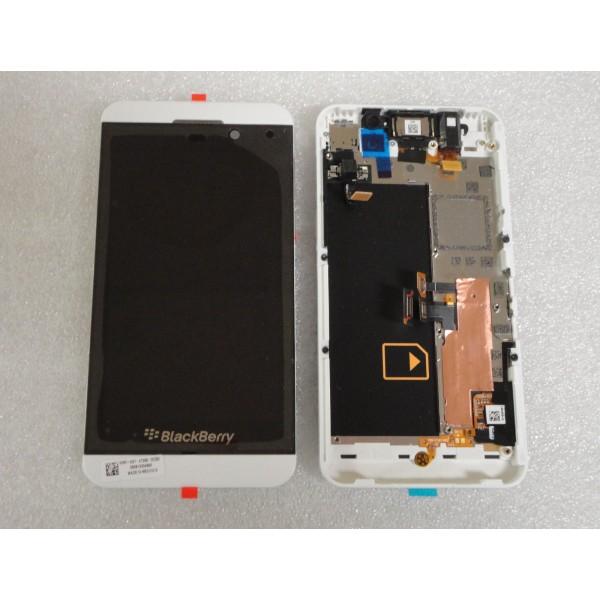 man-hinh-blackberry-z10-3