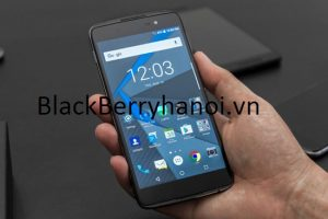 blackberry-dtek60-man-hinh
