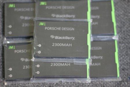 Pin Blackberry 9900 dung lượng cao 2400mAh