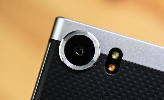 blackberry-keyone-camera