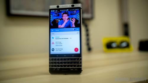 blackberry-keyone-cu-3