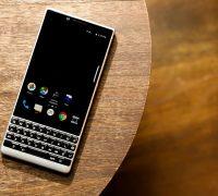 01-blackberry-key2-2 thumb