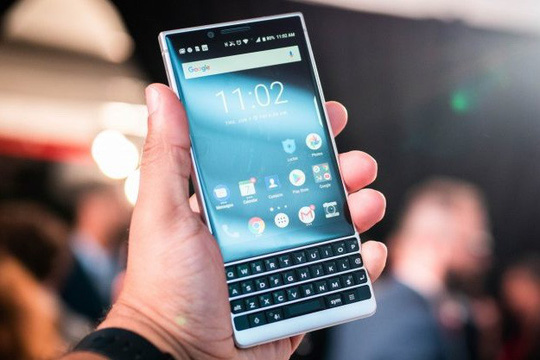 blackberry-key2-1-15328401971981230181045